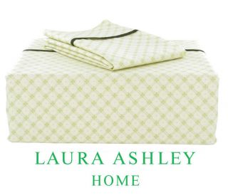 Laura Ashley Holbeck 300 Thread Count King size Sheet Set