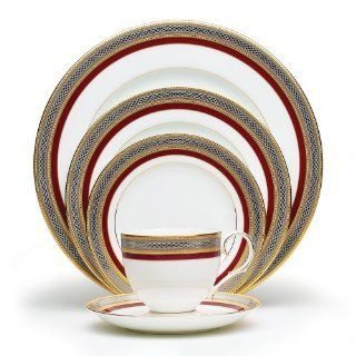 Noritake Ruby Coronet 5 Piece Place Setting Kitchen