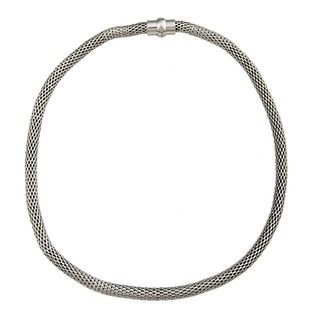La Preciosa Stainless Steel Hollow Mesh Necklace