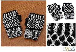 Alpaca Wool Tuxedo Honeycomb Fingerless Gloves (Peru)