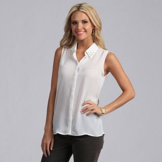 Violet and Claire Womens Ivory Sleeveless Studded Collar Shirt