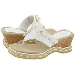 Kenneth Cole Reaction Kids Wedge Out (Youth) White Leather Satin