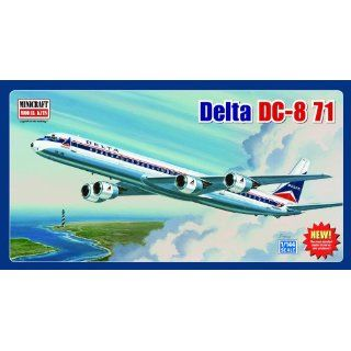 Models Delta DC 8 71 (Classic Livery) 1/144 Scale Toys & Games