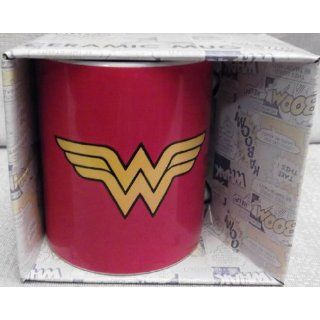 DC Comics WONDER WOMAN Logo Boxed Ceramic 12 oz Coffee MUG